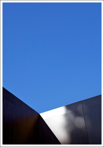 Set_blue sky_web
